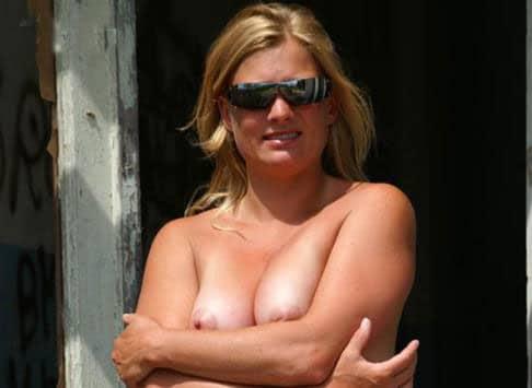Femme en manque cherche jeune étalon bien monté sur Créteil