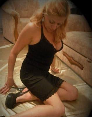 Une femme mature de Lisieux se donne à une rencontre cul aux novices sexuels